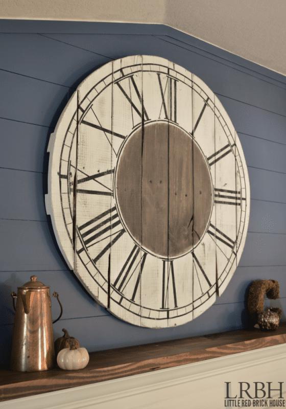 roman-numeral-pallet-clock-little-red-brick-house