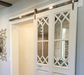 Friday Favorites: Upcycled Cable Spools and a Beautiful Barn Door