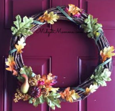 Fall wreath ideas, from Midget Momma featured on Remodelaholic