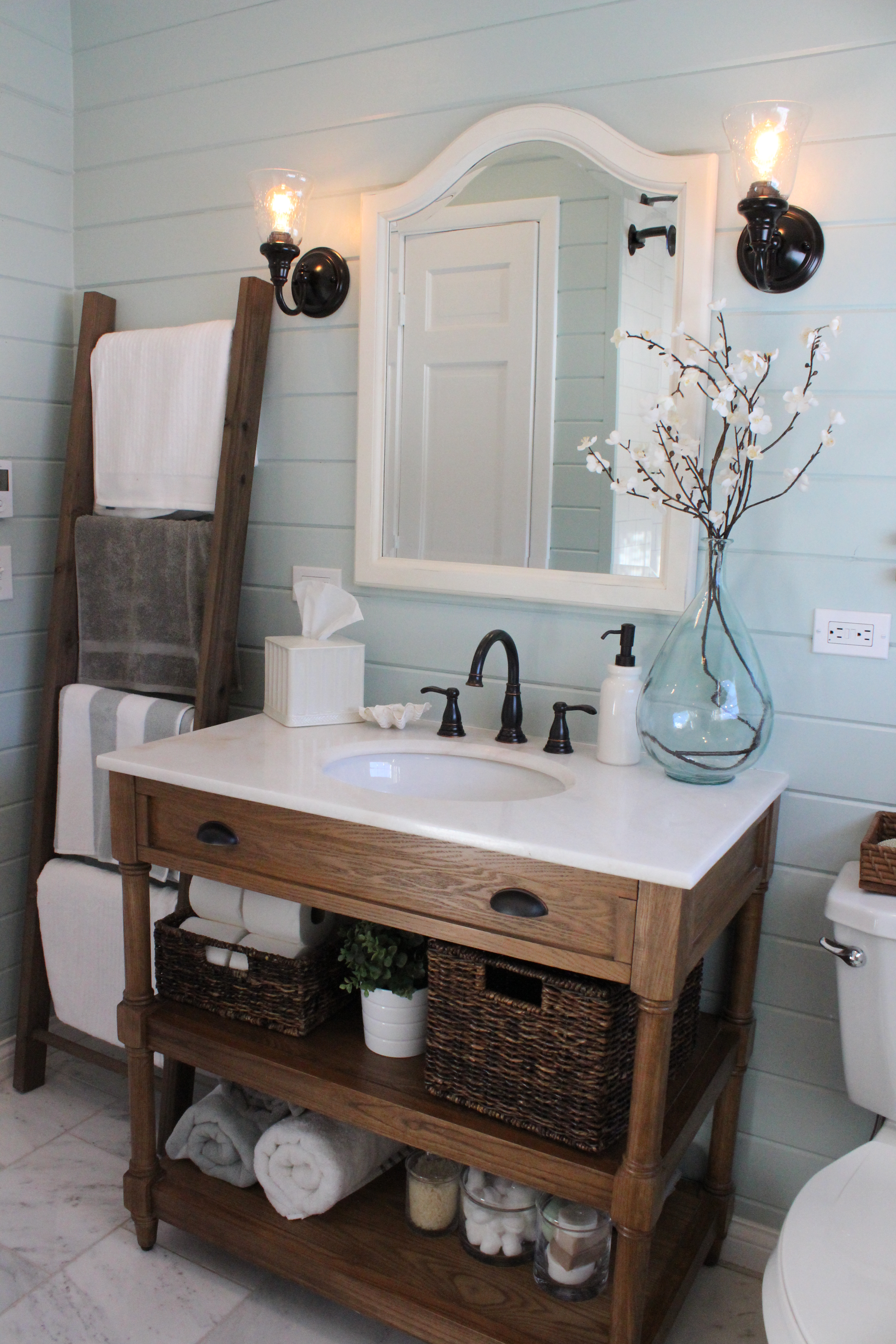 How to Build a Rustic Towel Ladder