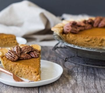 25+ Easy and Delicious Thanksgiving Pie Recipes