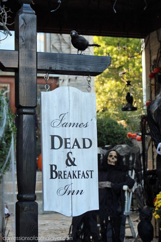 Dead Breakfast Inn Halloween Sign Confessions Of A Serial DIYer