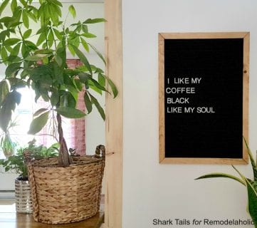 How to Make Your Own Vintage-Style DIY Felt Letter Board