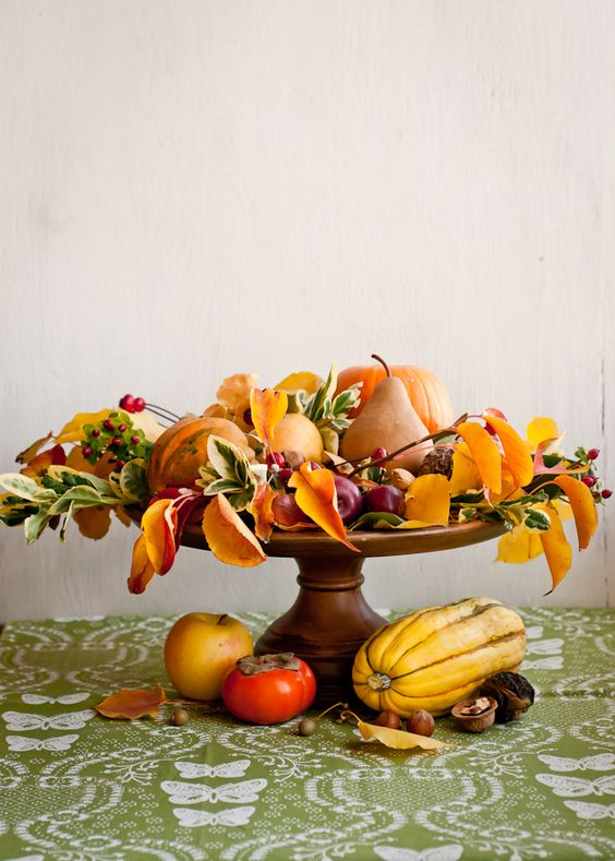 Thanksgiving Centerpiece By Hellow Glow Remodelaholic