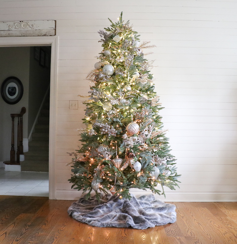 how to decorate a christmas tree in just five steps a beautiful well