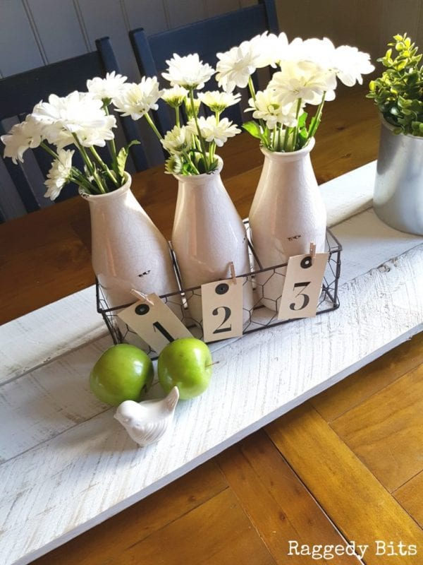 creative-diy-pallet-projects-easy-rustic-farmhouse-pallet-wood-table-runner-or-trivet-raggedy-bits