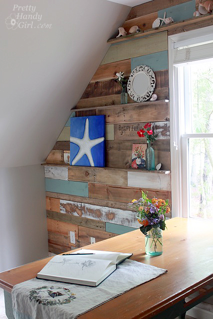creative-diy-pallet-projects-how-to-install-a-pallet-scrap-wood-wall-with-decor-ledges-pretty-handy-girl