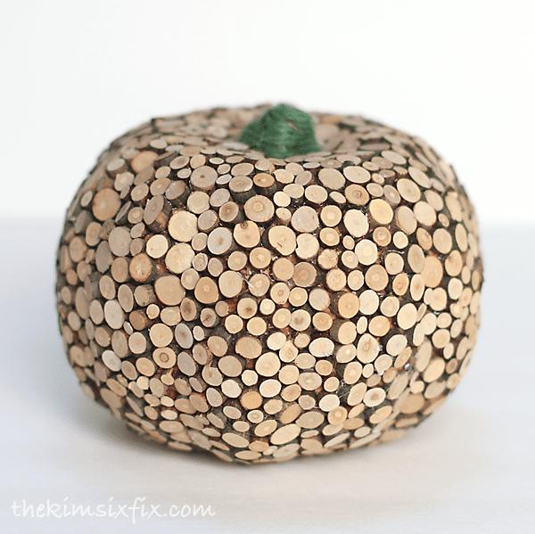 Dollar Store Wood Slice Pumpki