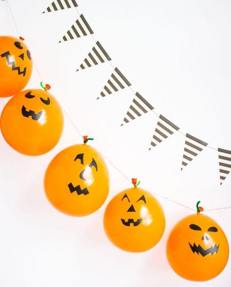 Halloween Balloon Garland 1