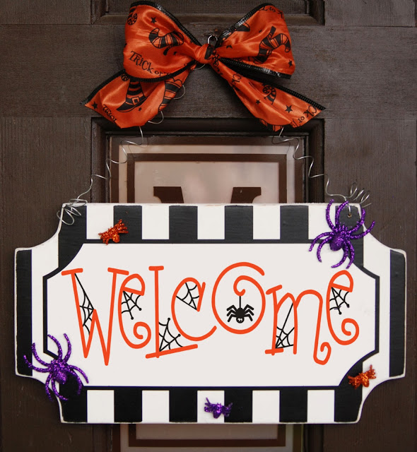 Halloween Spider Welcome Sign