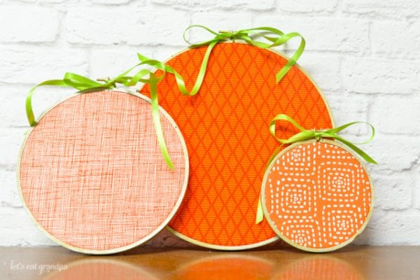 easy to make pumpkin hoops | DIY Halloween Decoration Ideas