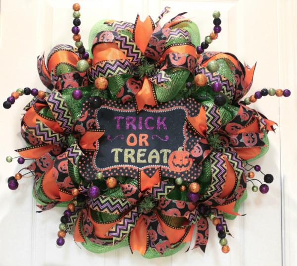 How To Make Mesh Halloween Wreath