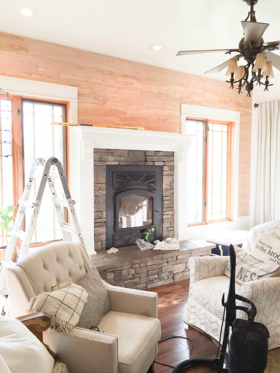 mantel-makeover-with-farmhouse-charm-9