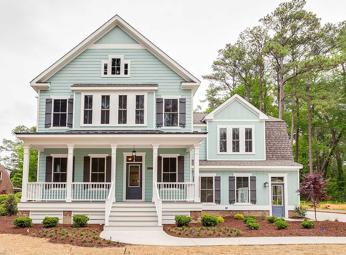 Remodelaholic friday favorites fabulous farmhouse style for Architectural design floor plans
