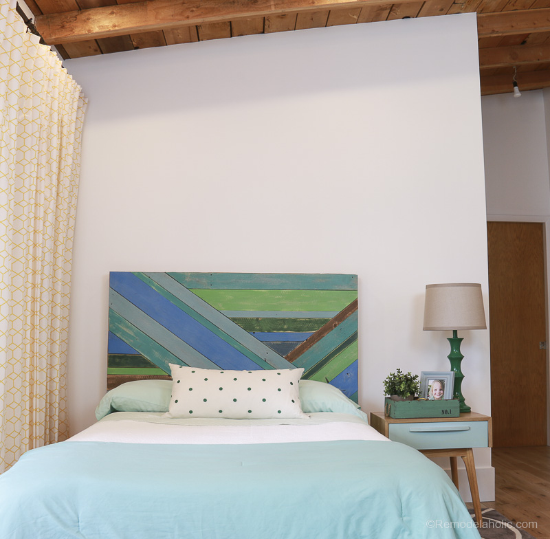 Wood Pieced Headboard Painted With Annie Sloan Chalk Paint @remodelaholic 9839