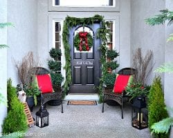 Christmas Front Porch At The Picket Fence 2012
