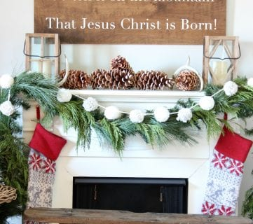 30 Perfect Christmas Mantels