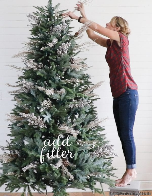 How To Decorate A Christmas Tree By Adding Filler, Sincerely Sara D On Remodelaholic