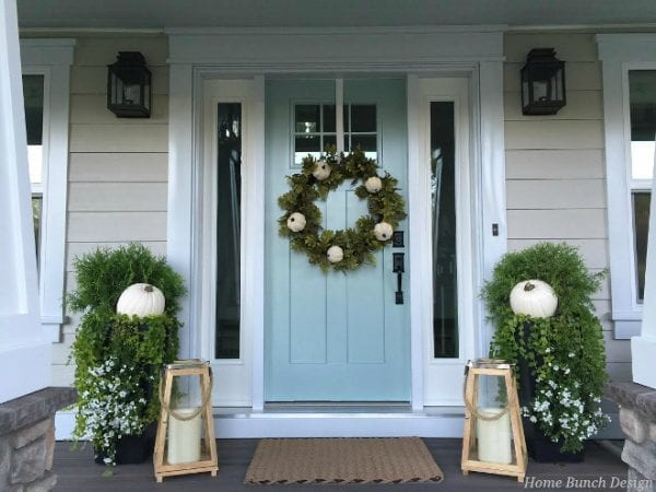 Power tools rater 22 festive thanksgiving porches for Front door design tool