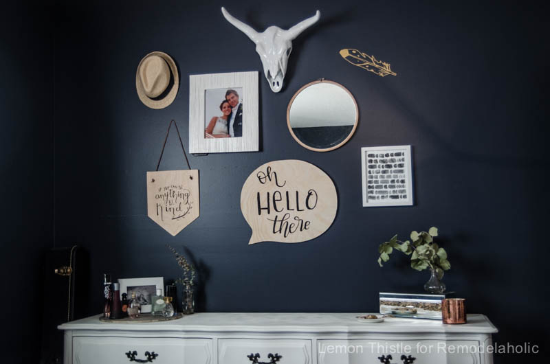 Love this speech bubble sign! You could put ANY phrase on it- or make it a chalkboard.