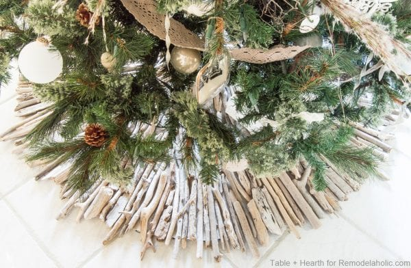 Tableandhearth Driftwood Tree Skirt 28