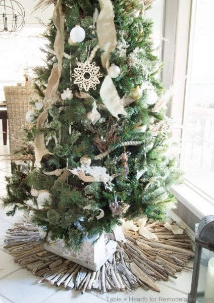 Tableandhearth Driftwood Tree Skirt 29