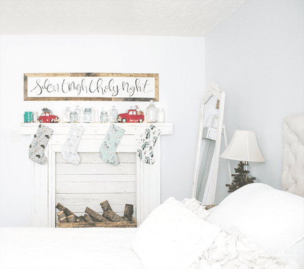 21 Mantel Made Of Reclaimed And Pallet Wood, A Christmas Home Tour By We Lived Happily Ever After Featured On @Remodelaholic