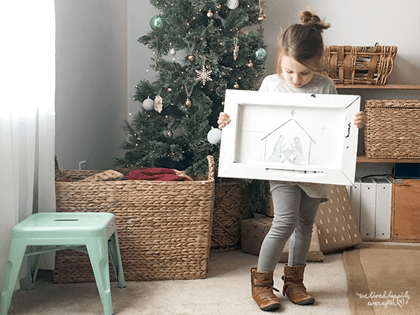 34 Reclaimed Wood Nativity Sign, Kid Friendly!, By We Lived Happily Ever After Featured On @Remodelaholic