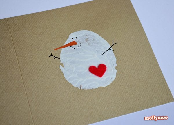 Easy Snowman Card. Send some handmade sentiments to your family and friends this Christmas season. Use one of these 11 Easy DIY Christmas Cards featured on Remodelaholic.com
