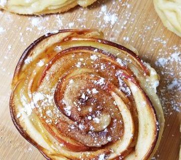 Mini Rose Shaped Apple Pies