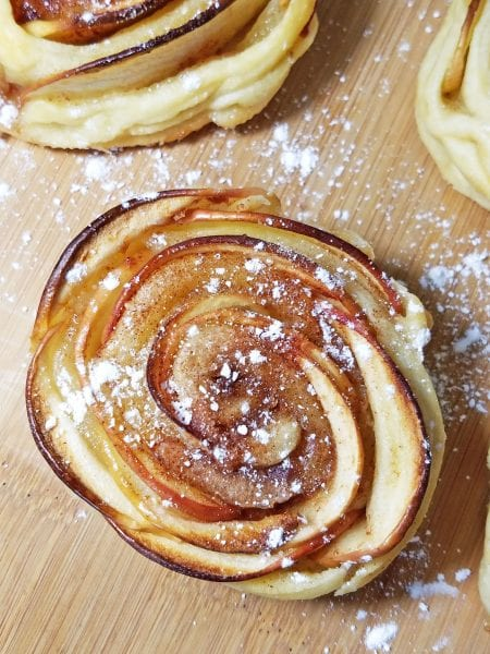 mini apple shaped rose pies 4