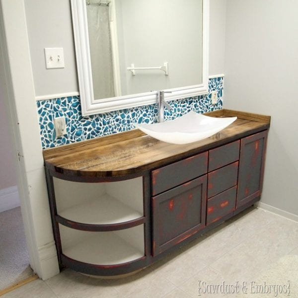 10 Inexpensive But Amazing DIY Countertop