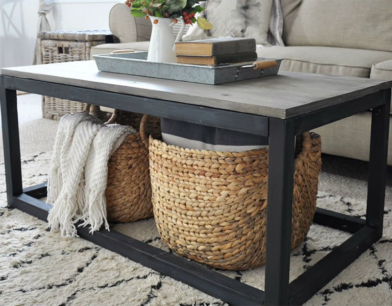 Remodelaholic 20 unique diy coffee table ideas for Cool coffee tables diy