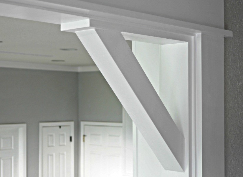 & Remodelaholic | How To: DIY Craftsman Door Casing and Easy Corbels