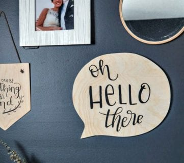 Oh, Hello There! DIY Speech Bubble Sign
