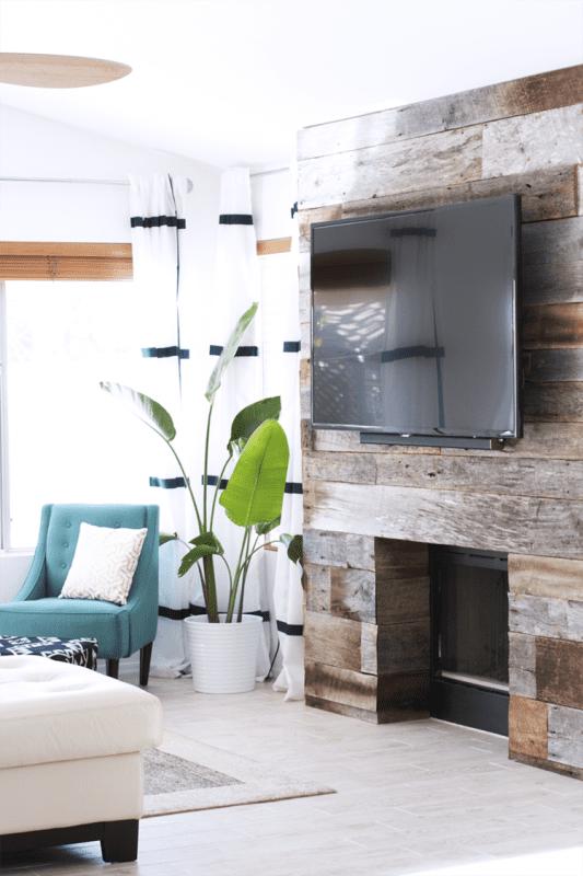 20 Reclaimed Wood DIY Projects Kristi Murphy