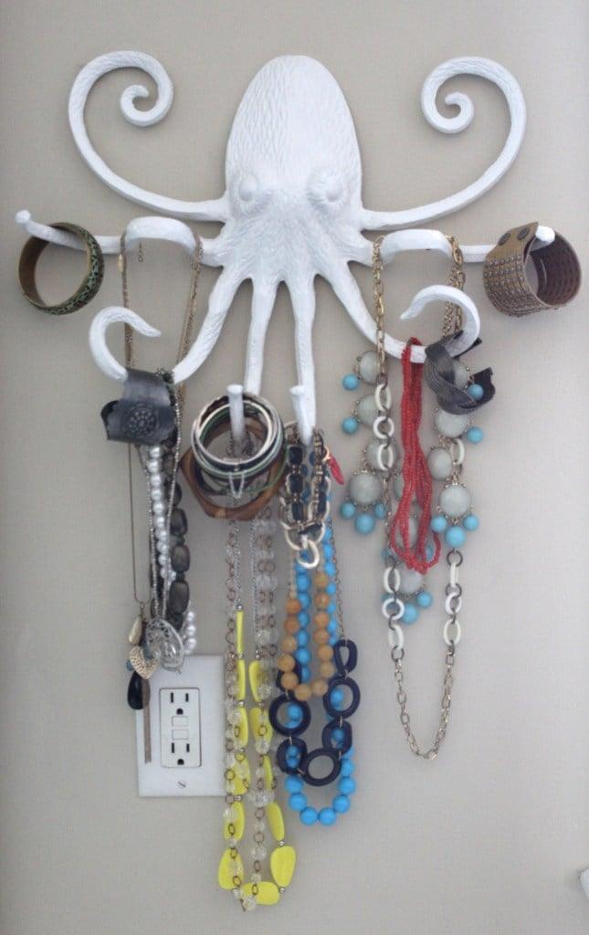 remodelaholic 20 easy diy jewelry organizer ideas