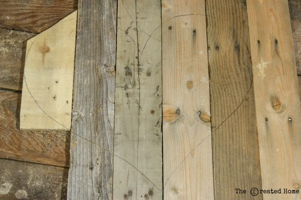 Diy Rustic Pallet Hearts Tutorial, The Created Home On @Remodelaholic (2)