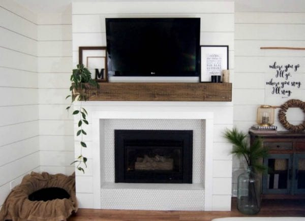 Feat Mantel And Fireplace Makeover @Remodelaholic