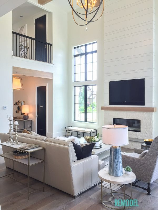 Remodelaholic get this look modern farmhouse living room - Modern farmhouse living room ...