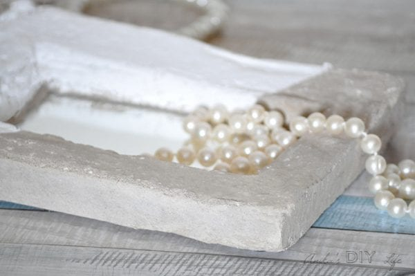 DIY Mirrored Concrete Tray Anikas DIY Life Close Up 4700