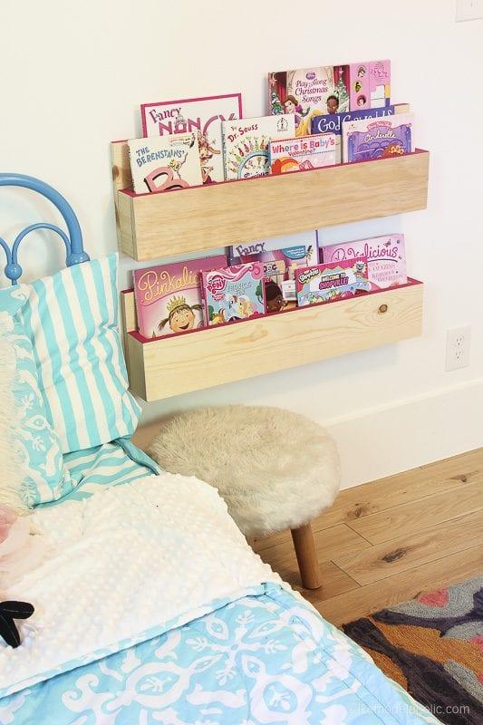 Easy Build Book Shelves @remodelaholic 5 1