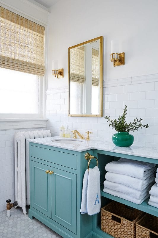 bold bathroom colors remodelaholic bold color in a bathroom 12144