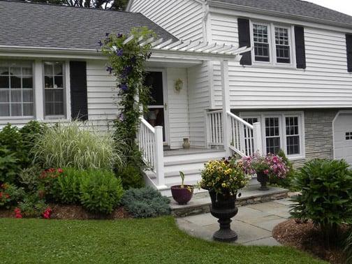 Landscape Design Front Of House Joanna Gaines