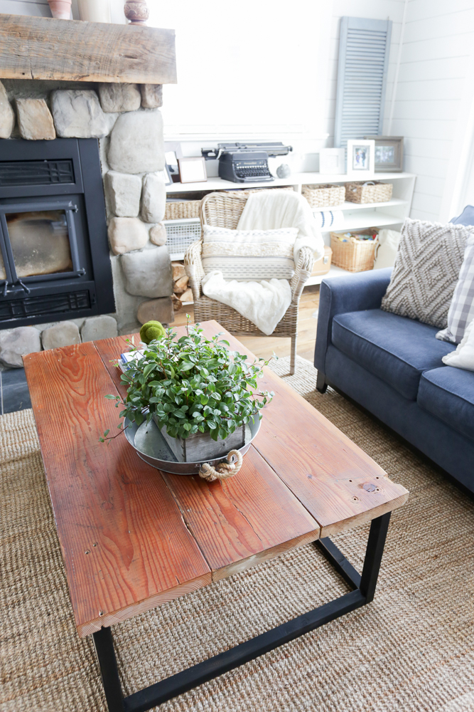DIY Reclaimed Wood Coffee Table 16 This Mamas Dance