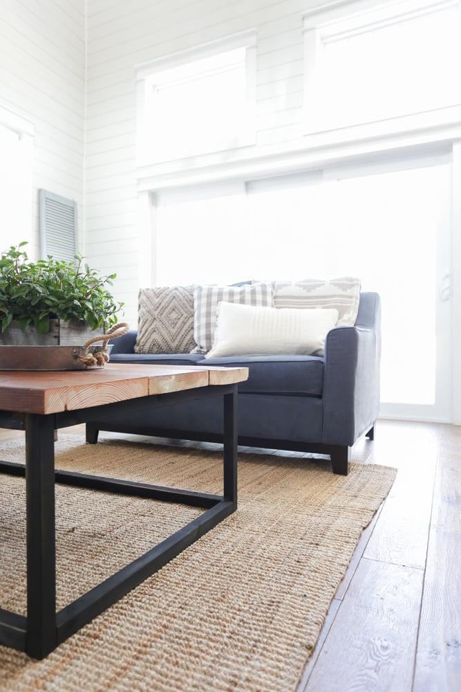 Stunning DIY Reclaimed Wood Coffee Table This Mamas Dance