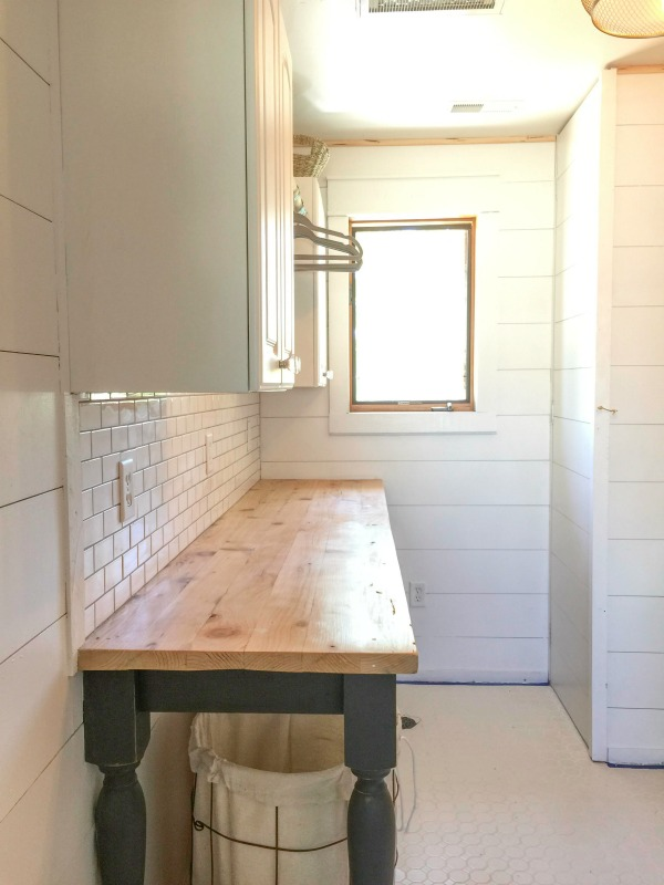 DIY Laundry Folding Table5