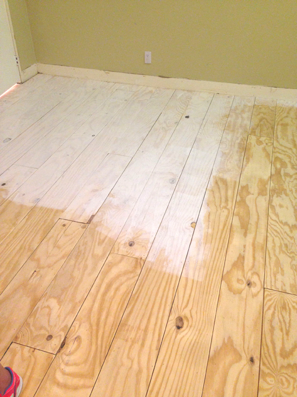 Remodelaholic diy plywood flooring pros and cons tips for Painting plywood floors ideas