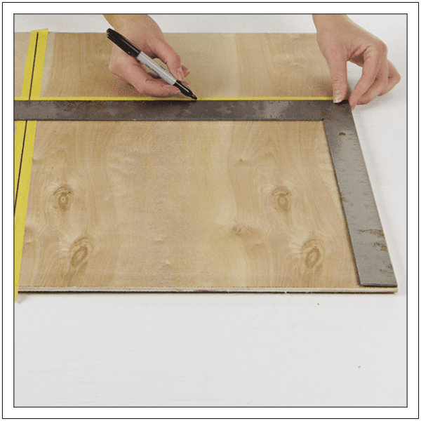 Tape Plywood Cuts To Prevent Splintering, Build Basic