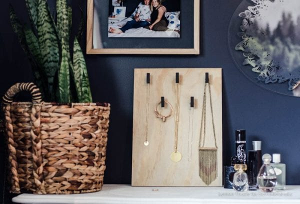 DIY Jewelry Holder using cabinet hardware- love the scandi look! Plus more ideas for simple projects using cabinet hardware.